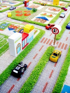 IVI traffic green rug